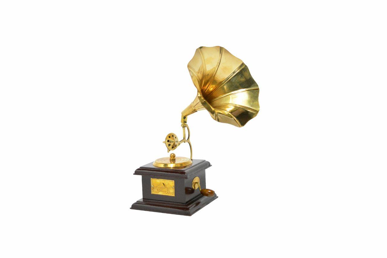 Gramophone Dummy